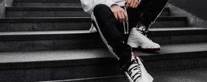7 mẫu giày sneaker nổi bật nhất Xuân Hè 2018
